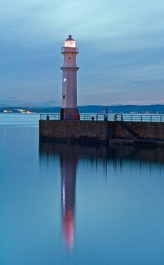 #Lighthouse at night - http://dennisharper.lnf.com/