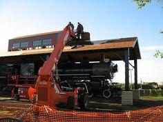 09.07.2010  Installation of the cedar shingles.