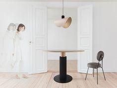 AAGATH krzesło tapicerowane na metalowych nogach polski design Mebloscenka Teak, Dining Table, Lighting, Furniture, Home Decor, Design, Decoration Home, Room Decor, Dinner Table