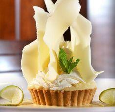 white chocolate tart (no recipe, just image for presentation)
