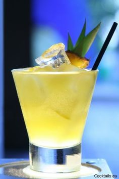 Caribbean Pineapple Recipe ~ Malibu coconut rum and pineapple juice