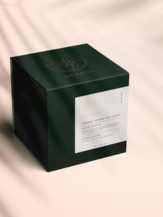 Fina&Liv Kosmetik Veredi CBD-Verpackungsdesign - You do need to insp Candle Packaging, Tea Packaging, Print Packaging, Design Packaging, Bottle Packaging, Packaging Ideas, Skincare Packaging, Cosmetic Packaging, Beauty Packaging