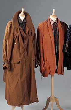The trench coat from Blade Runner Blade Runner Jacket, Deckard Blade Runner, Rick Deckard, Runners Outfit, Manga Clothes, Blade Runner 2049, Runners World, Harrison Ford, Look Cool