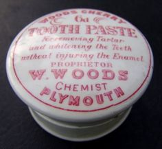PINK PRINT (c1900) WOODS 6D CHERRY TOOTH PASTE POT LID w BASE - EXC