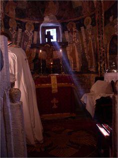Jutrznia w dwunastowiecznym kościółku pod Atenami
