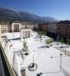 New Design for Eduard-Wallnöfer-Platz Public Square / LAAC Architekten + Stiefel…