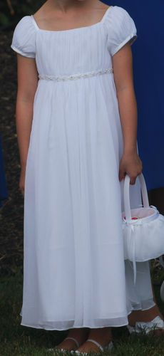 So for those of you wondering what a white flower girl dress looks davids bridal crinkle chiffon flower girl dress nm1211 white size 5 excellent ebay mightylinksfo