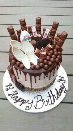 Kinder Bueno cake no-bake Cooking Recipes Kinder Bueno cake no-bake Cooking Recipes The post Kinder Cake Cookies, Cupcake Cakes, Cake Recipes, Dessert Recipes, Chocolate Drip Cake, Chocolate Chips, Bolo Cake, Drip Cakes, Occasion Cakes