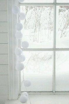 Belysning happy-lights-ljusslinga-vit html All White, Pure White, White Light, White Cottage, White Farmhouse, Creative Colour, Shades Of White, Winter Colors, White Houses