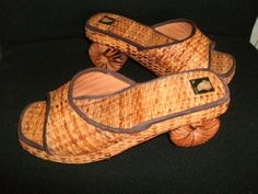 Wicker SHOES/SANDLES/SNAILS/ - by HighlyCollectable | Liked by Wicker Paradise