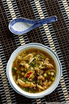 Súp măng tây nấu cua (white asparagus crab soup) is so soothing. This soup is often serve as an appetizer at Vietnamese weddings.