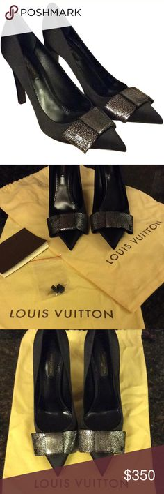 Black Louis Vuitton Heels ❤️ 100% Authentic Black Louis Vuitton Heels/Size 8/Never Worn/Dust Bags/2 Dowel Lift Replacements. These are some sexy heels/gift from a shitty ex boyfriend!! Out with the old! Louis Vuitton Shoes Heels