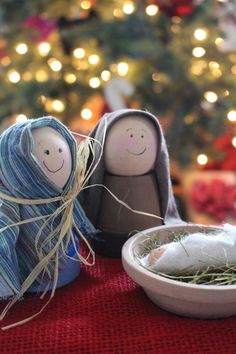 We made this at our super saturday last year..I loved it cause A. it was simple B. it was kid appropriate a must at my house! and guess what? it's made with terra cotta pots! cutest nativity