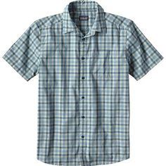 While you're waiting for the next swell, pull on the Patagonia Men's Fezzman Shirt, find the shade of a palm tree, and grab some shuteye. Made from a lightweight, breathable fabric, this button up offers relaxed style on warm days. The classic styling comes in handy when you decide to make yourself presentable the next time you wander past the beach and into town.
