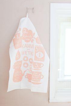 Kaunisteen keittiöpyyhe. Haluan!