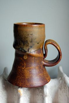 Tall deep stoneware tea \/ coffee mug - matte volcano rich rust red glaze, stripes of deep bold iron yellow under brush strokes with runny glassy glossy drips of fresh wet spiraling opal purple violet indigo aqua white and blue Thrown Pottery, Slab Pottery, Pottery Mugs, Ceramic Pottery, Pottery Art, Pottery Ideas, Clay Mugs, Ceramic Clay, Ceramic Bowls