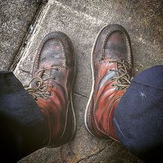 Thanks for this great photo from our fan @ronerio wearing his Red Wings on the job. Send us your fan photos to photo@redwingshoes.com or tag us in them on Instagram for a chance to be featured on our social media channels. #redwings #redwingshoes #workisourwork