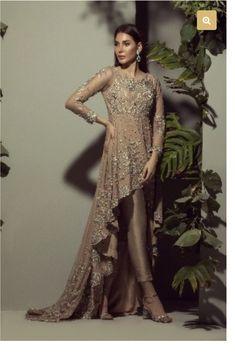 Pakistani Gowns, Pakistani Fashion Party Wear, Pakistani Wedding Outfits, Pakistani Dress Design, Bridal Outfits, Shadi Dresses, Indian Dresses, Indian Outfits, Desi Wedding Dresses