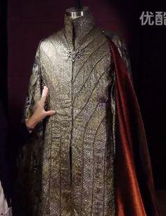 Thranduil costume close-up. The Hobbit.