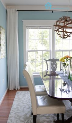 Remodelando la Casa: How to Make your Curtains Longer How To Make Curtains, Sweet Home, Curtains, Furniture, Corner Curtains, Dinning Room Decor, House, Home Decor, Room Decor