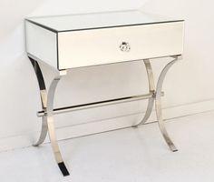 Nattbord i glass modell AFRODITA. www.dekorasjondesign.com, din komplette nettbutikk av møbler i speil.  (bilde 1)
