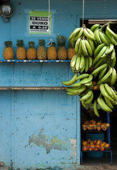 Bananas & Pineapples