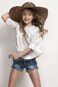 Sainte Claire little girl outfit