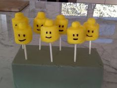 Harlow & Thistle: DIY LEGO® Brick inspired Party Pops
