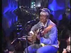 She is straight up speaking TRUTH. Lauryn Hill - Peace of Mind Live (Unplugged)