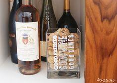 Wine quote  DIY Coletivo: vaso para colecionar rolhas de vinho
