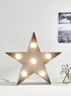 Star metal table lamp
