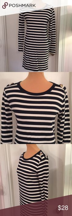 Joe Fresh Navy White Striped Long Sleeve Dress -Item is in pre-owned condition. I do my best to heavily inspect and in doing so have not found any rips, stains, or piling to item.  -Smoke free, dog friendly home.  -Please specify measurements if you would like them.  -All items will ship within 2 business days- this excludes weekends and holidays.  - No trades. No try ons. Joe Fresh Dresses Long Sleeve