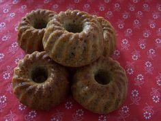 farkaselet: Diós cirokmuffin (gluténmentes) Bagel, Doughnut, Muffin, Gluten Free, Bread, Desserts, Dios, Glutenfree, Tailgate Desserts