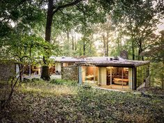 openhouse-magazine-hidden-masterpiece-architecture-for-sale-pitcairn-house-by-richard-neutra-pennsylvania-sothebys-realty 11
