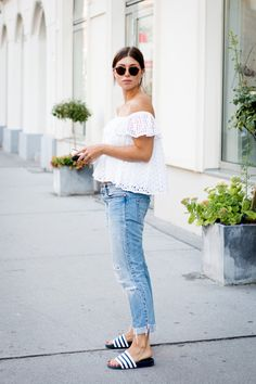 Outfit: summer casual my style мода Mr Wonderful, Adidas Slides Outfit, Casual Summer Outfits, Outfit Summer, Outfits Damen, Casual Chic Style, Spring Summer Fashion, Girls, Clothes For Women