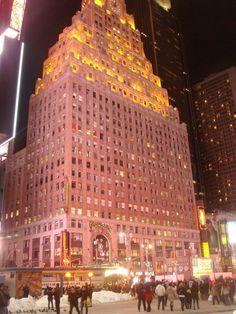 Paramount Hotel #NYC via #LouiseMontgrain
