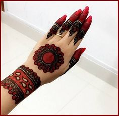 Mehndi henna designs are always searchable by Pakistani women and girls. Women, girls and also kids apply henna on their hands, feet and also on neck to look more gorgeous and traditional. Latest Arabic Mehndi Designs, Henna Tattoo Designs Simple, Mehndi Designs Feet, Mehndi Designs 2018, Mehndi Designs For Girls, Henna Art Designs, Mehndi Designs For Beginners, Mehndi Design Photos, Wedding Mehndi Designs
