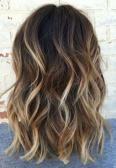 22 new beautiful hair color trends for 2019 - Samantha Fashion Life - 22 new gorgeous hair color trends for sexy dark brown hair color with blonde highlights – # - Brown Hair Color With Blonde Highlights, Brown Blonde Hair, Light Brown Hair, Blonde Color, Lighten Dark Hair, Short Brown Hair With Blonde Highlights, Highlighted Hair For Brunettes, Brown Highlighted Hair, Balayage Dark Brown Hair
