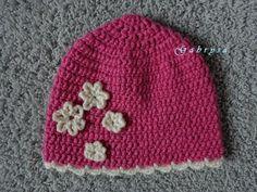 Dívčí zimní háčkovaná čepice