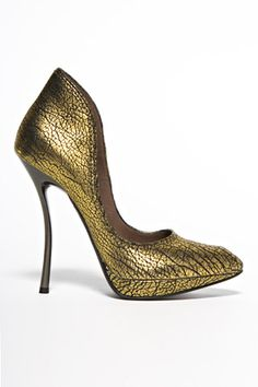 e9bde308987 Lanvin Fall 2010 Golden  Shoes with Slim  Heel and Curves Balmain Shoes