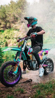 Ktm Dirt Bikes, Cool Dirt Bikes, Bmx Bikes, Image Moto, Ktm Supermoto, Motocross Girls, Motorcross Bike, Stunt Bike, Bike Pic