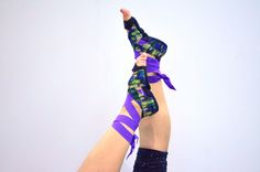 check out www.strongereverydamnday.com its a new blog about fitness and healthy lifestyle! this article is about yoga foootwear :) spread the word!