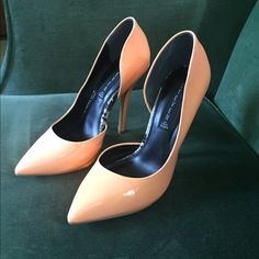 NWT Steve Madden stilettos NWT Steven by Steve Madden patent leather stilettos in a beautiful peachy color! Has small transfer mark on heel as shown in picture. Steven by Steve Madden Shoes Heels