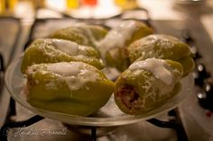 Stuffed bell peppers with recipe from Hecktic Travels http://www.hecktictravels.com/do-it-yourself-traditional-turkish-food