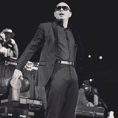 Pitbull....SEXY MAN!