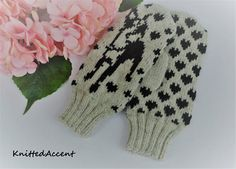 Knitted mittens/wool mittens/handmade wool/gloves/Christmas