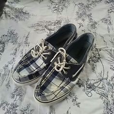Plaid Sperry Topsiders Cute, plaid and ready for summer! These are comfortable and would look good with so many things. Size 9, and slip ons. Who doesn't like something this easy and classic?! Shoes Flats & Loafers