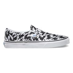 Vans and British design house Eley Kishimoto team up for a collection that encapsulates the spirit of creative self-expression and wearable art. The Eley Kishimoto Classic Slip-On, part of the Vans x Eley Kishimoto collaboration, combines the low-profile canvas slip-on with Eley Kishimoto's iconic flash print. The Classic Slip-On also features padded collar and heel counters, elastic side accents, and signature waffle outsoles.