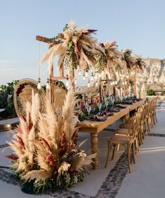 Pampas Grass Wedding Ideas for the Boho Glam Bride Decidedly neutral and incredibly versatile, Pampas Grass Wedding everything is all the rage. And we have the best ideas to accomplish that boho glam look Wedding Reception Decorations, Wedding Themes, Wedding Ceremony, Wedding Ideas, Wedding Table, Wedding Dinner, Wedding Advice, Decor Wedding, Wedding Venues