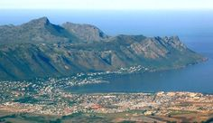 Gordon's Bay - photo by H van Zyl. Somerset West, Bay Photo, Cape Town South Africa, Places Of Interest, What A Wonderful World, Bay Area, Wonders Of The World, Beautiful Places, Places To Visit